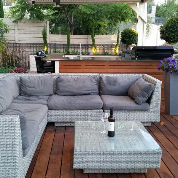 עיצוב חוץ בית פרטי - פינת ישיבה